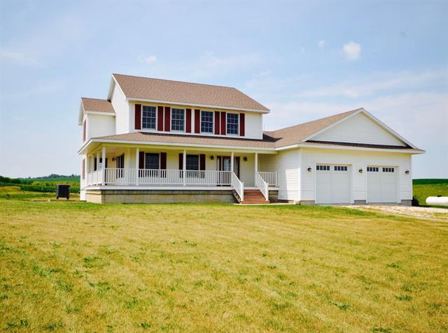 7614 E Reinbeck Road | LaPorte City, Iowa