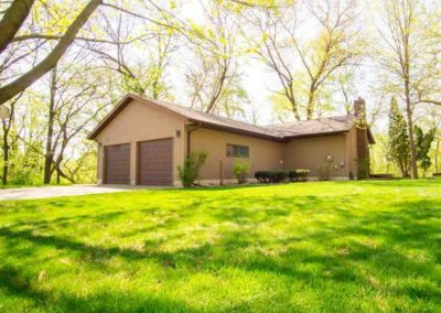 108 Dixie Ct. Evansdale, Iowa | Huff Land Company