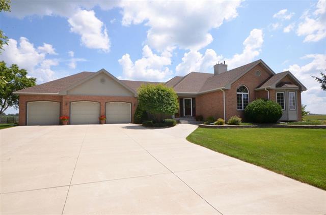 1592 Partridge Lane Waterloo, Iowa | Home for Sale