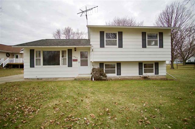 1005 Iowa Street LaPorte City, Iowa | House for Sale