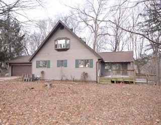 101 Bluff Dr. Janesville | Bremer Co. Acreage For Sale | Huff Land Co.