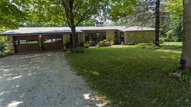 2950 230th St. Charles City, IA | Acreage for Sale