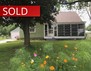 $110,000   726 Central Ave. Evansdale