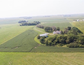 905 2nd Ave. Ackley, Iowa | Investment Property for Sale | Huff Land Co.