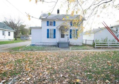 617 W. Mullan Ave. Waterloo | 2 Bedroom Home For Sale | Huff Land Co.